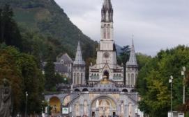 Lourdes .