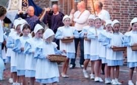 0007 Kaarskensprocessie Baarle-Hertog